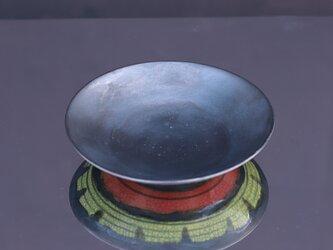 黒の窯変釉(オレンジと黄)プレートの画像