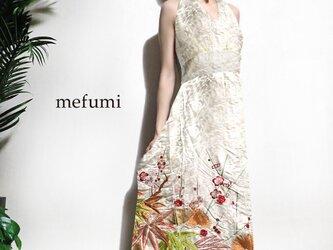 受注制作 ✳︎1点物 ✳︎ アンティーク  総刺繍 打掛 着物リメイク   ウェディングドレス ワンピース  M/Lの画像