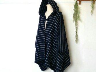 モノトーン ボーダー ポンチョ ~ 羽織る コート ジャケットの画像