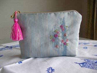 W様予約品☆タッサーシルクのポーチ☆日本刺繍糸のタッセル付の画像