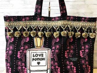 トートバッグ*ボンボンブレード香水の画像