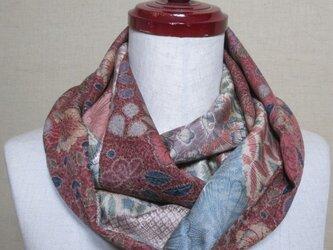 着物リメイク 2種類の上質な辻ヶ花模様の小紋から上品なスヌードの画像