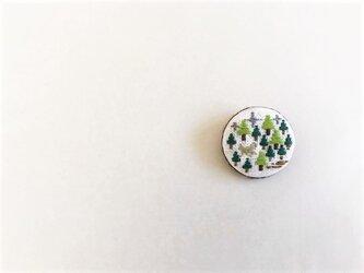 刺繍ブローチ「森・ホワイト」の画像