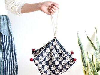 総手刺繍*刺し子のヘンプカノムジープバッグ【菩提樹生成りひも】の画像