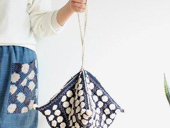 総手刺繍*刺し子のヘンプカノムジープバッグ【丸小花生成りひも】の画像