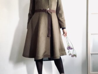 アルパカシャギー 毛並の美しいXラインのドレスコート ミディ丈 カーキの画像