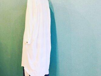 遠州織物シャツワンピース ロング丈 WHITEの画像