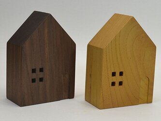 ハウス型スタンド 欅orウォールナットの画像