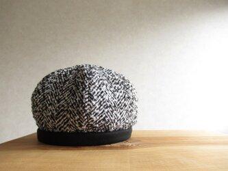 6枚はぎのベレー帽 ファンシーツイード、モノトーンの画像