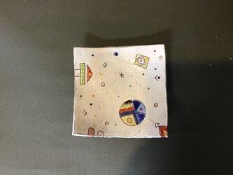 イロアソビ角皿の画像