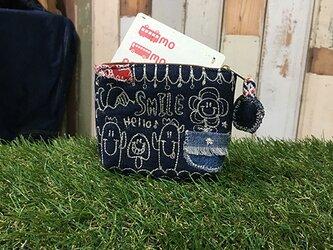 ひょっこりフラワー刺繍デニムコインカードケース(ポーチ)の画像