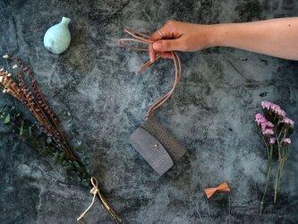 アラスカ_グレー◆外装◆あかちゃん財布◆三つ折りの画像