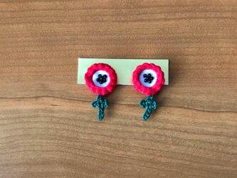小さいアネモネのイヤリングの画像