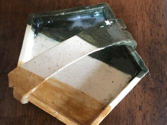 五角三色皿取っ手付の画像