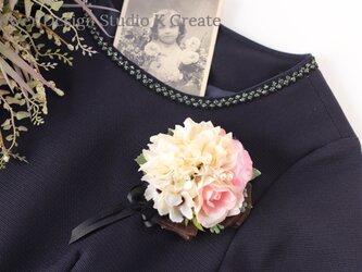 結婚式・卒業式・入学式に♡エクリュダリアと薔薇のコサージュ(ヘッドドレス可)の画像