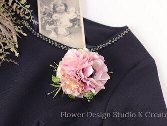 結婚式・卒業式・入学式に♡ピンクのアネモネと薔薇のコサージュの画像