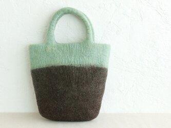 羊毛フェルトトートバッグ コンパクトハンドバッグ 内ポケット付き (ミントグリーン/ブラウン)の画像