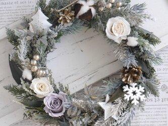 グレイッシュクリスマスリースの画像