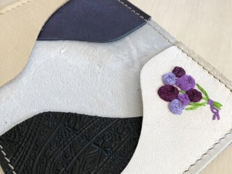 バラの花束を カードケース 本革 クリーム 刺しゅう バラの花束 名刺入れ パスケースの画像