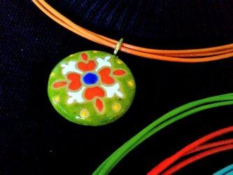スペインタイルネックレス 陶器 伝統黄緑丸 の画像