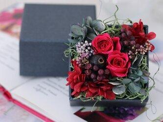roseraie (ロズレ) プリザーブドフラワー ピンク 誕生日 ・退職祝い・記念日の画像
