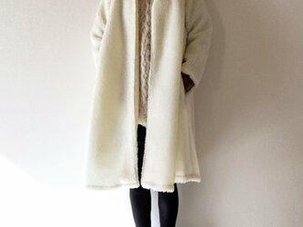 もこもこボアのロングコート*羽織り*ホワイトの画像