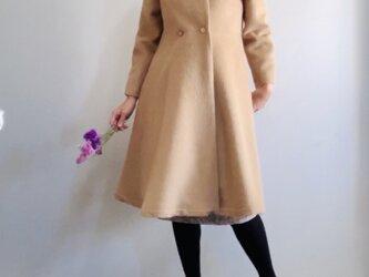 アルパカシャギー 毛並の美しいXラインのドレスコート ミディ丈 ベージュの画像
