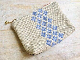 こぎん刺し花柄デニムミニポーチ〔ブルー〕の画像