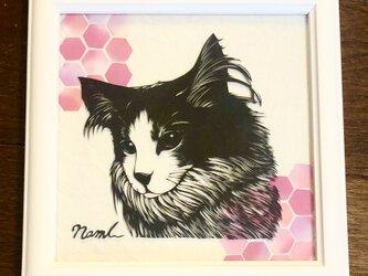 額装済み切り絵作品・猫6の画像