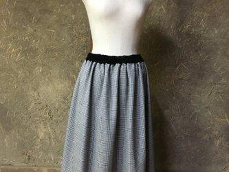 グレンチェックのギャザースカートの画像