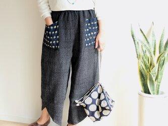ブロックプリントポケットの手織り綿パンツ【ブラック】の画像