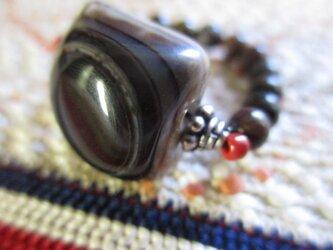 天眼珠と古いジャスパーとバリ製シルバー925珠の指輪 護符リングの画像
