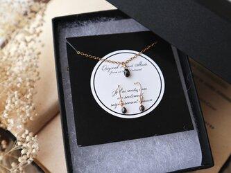 クリスマス限定【K18&14kgf】ブラックダイヤモンドの一粒ネックレス&ピアス(ブリオレットカット)の画像