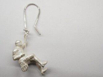 climber man white-up pierceの画像