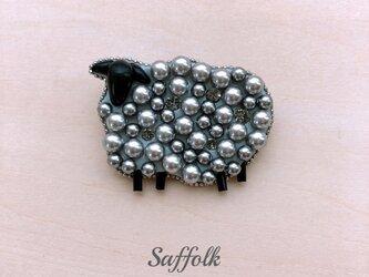 羊のブローチ〈グレー〉の画像
