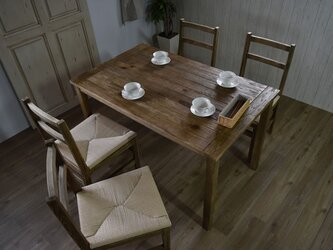 Old Pine Dining Tableの画像