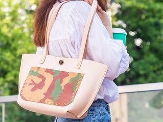 新作・迷彩 女子鞄 本革手作りの大容量トートバッグ_ショルダーバッグの画像