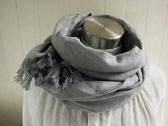 秋冬 あったか起毛リネンのストール ライトグレーの画像