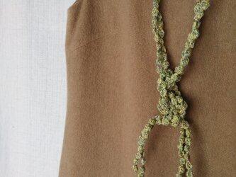 黄緑マルチカラー 大きい粒々ネックレスの画像