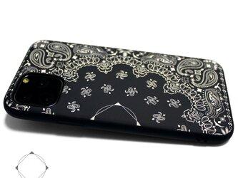 【iPhone13/13pro/12/12pro/12mini/11~】 レザーケースカバー(ペイズリー×ブラック)の画像