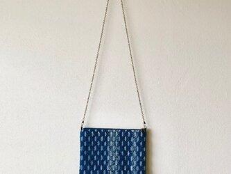 藍染め 手織りショルダーバッグ 裂き糸の画像