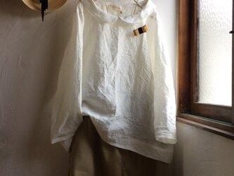 z様ご予約品 リネン丸襟ブラウス&胸ポケット付きブラウスの画像