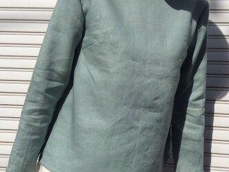 リネンの体型カバーTブラウス薄浅葱色の画像