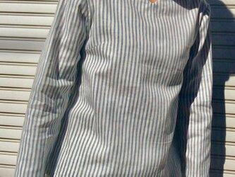 ダブルガーゼ体型カバーTブラウスVネックストライプ青の画像