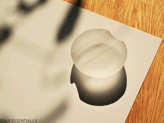 3個セット ● 無色透明ガラスの箸置き -「The Vessel of Light - 月明かりの器」の画像
