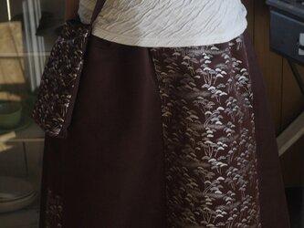 帯からAラインスカートの画像