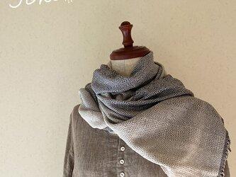 手織りシルクショールの画像