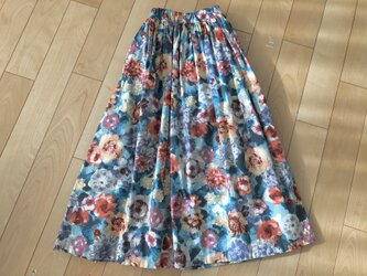 【大SALE】パッと華やぐお花スカート (ライトブルー)の画像
