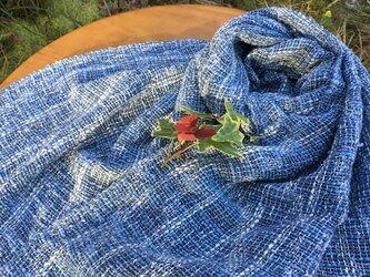 厳選された綿素材の大判ストール藍染の画像