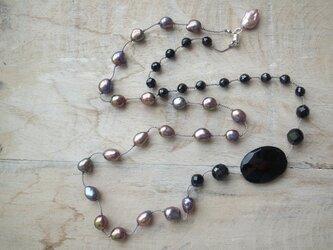 シルクコードのネックレスの画像